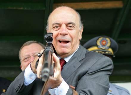 Tio Serra quer VOCÊ! Controlado.